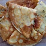 Naleśniki z serem i rodzynkami