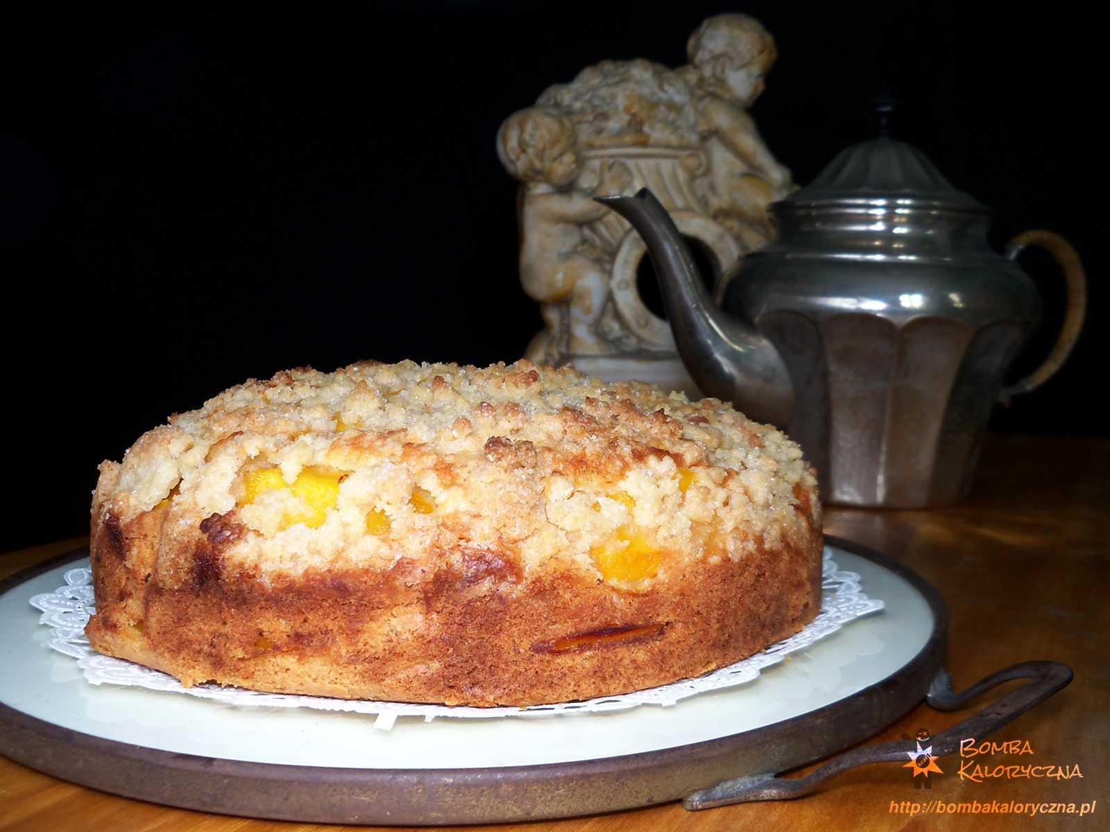 Brzoskwiniowe ciasto zkruszonką
