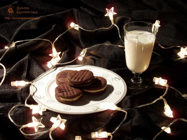 Ciasteczka czekoladowe znadzieniem waniliowym