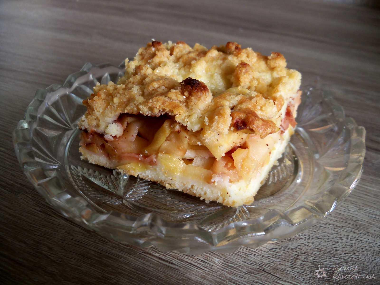 Szarlotka — placek zjabłkami — jabłecznik